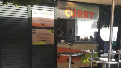 A New Look for Restaurant Dom Curry